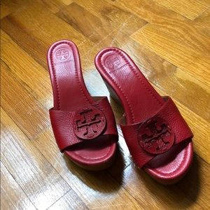 Tory Burch Miller Wedges Red Leather Size 8 GUC